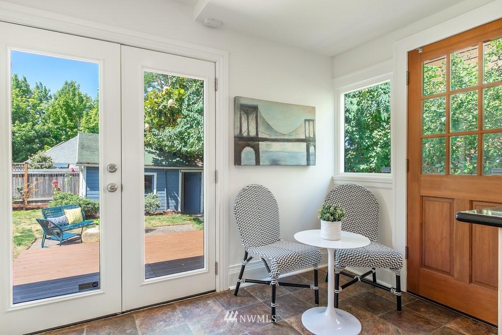 Sold Property | 227 22nd Avenue E Seattle, WA 98112 16