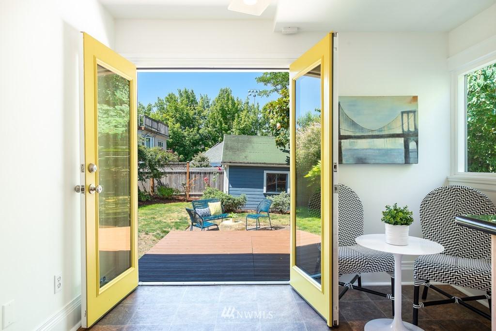 Sold Property | 227 22nd Avenue E Seattle, WA 98112 15