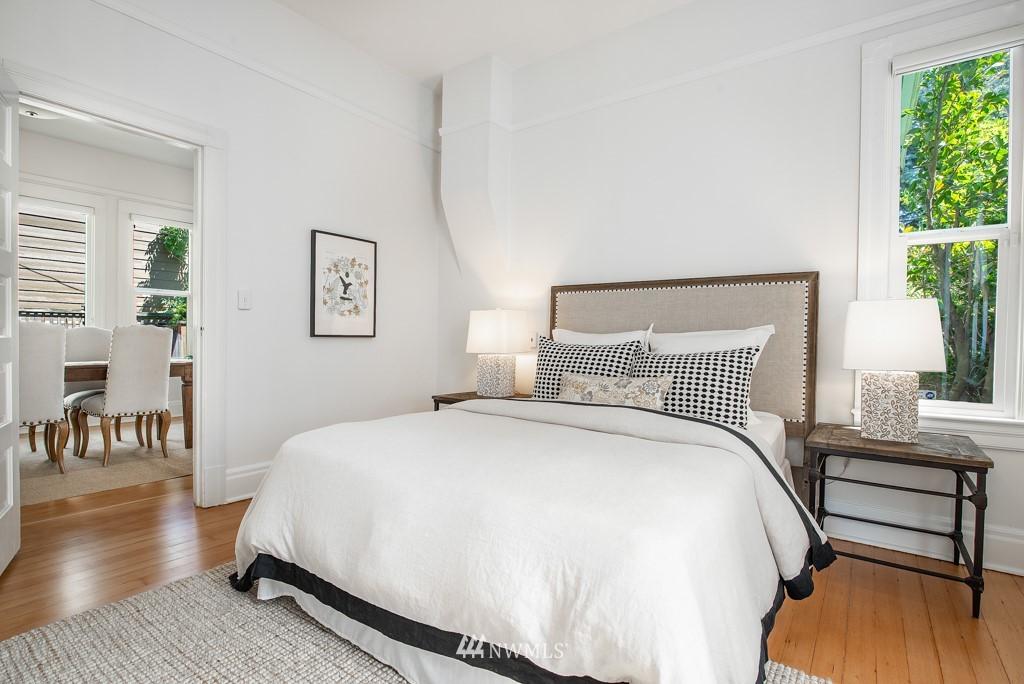 Sold Property | 227 22nd Avenue E Seattle, WA 98112 17