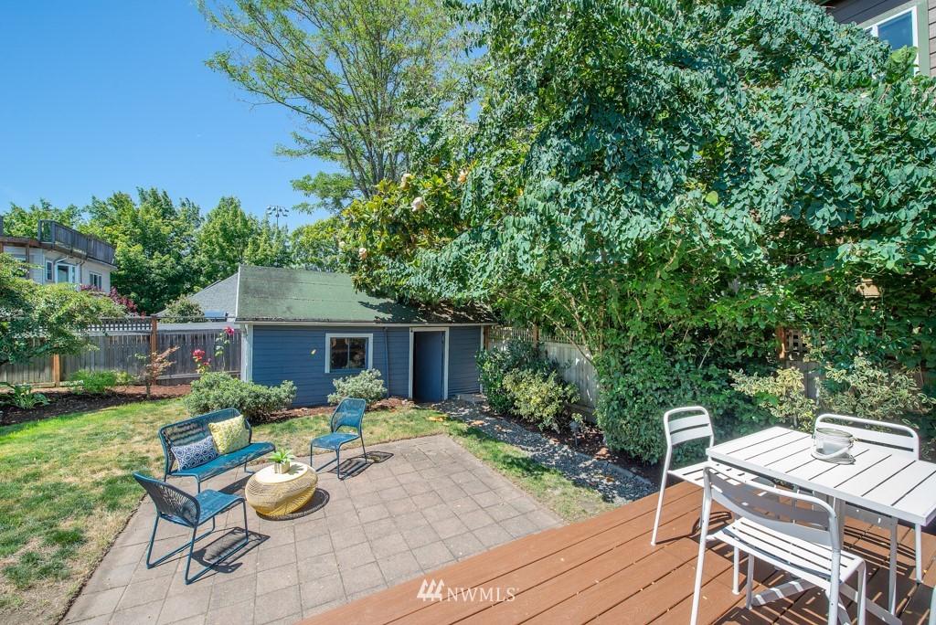Sold Property | 227 22nd Avenue E Seattle, WA 98112 28