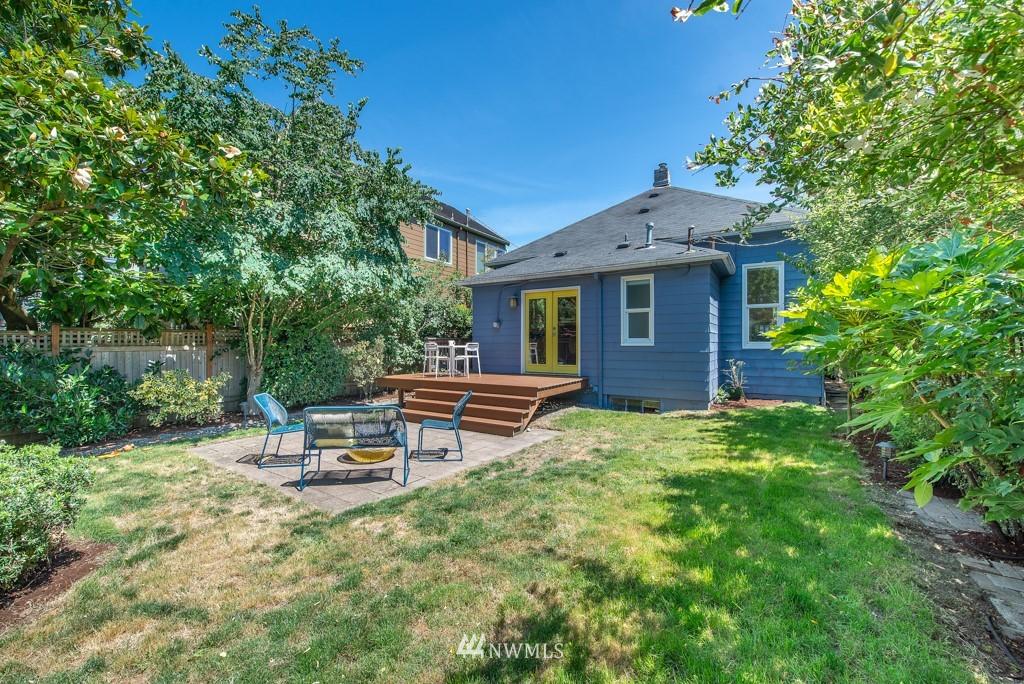Sold Property | 227 22nd Avenue E Seattle, WA 98112 27