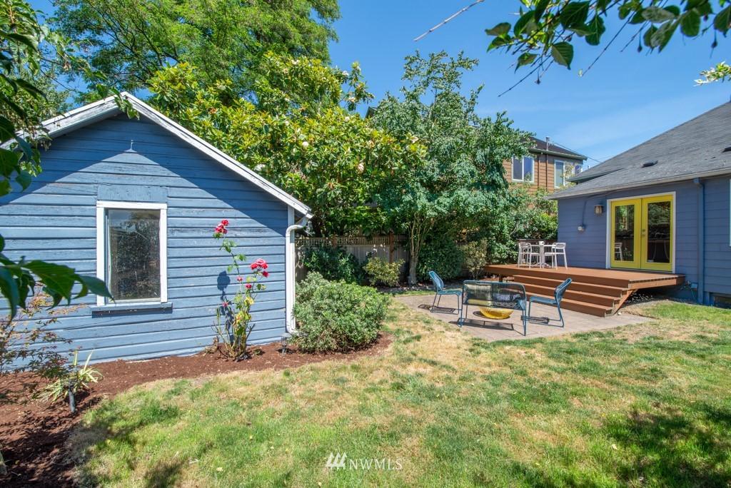 Sold Property | 227 22nd Avenue E Seattle, WA 98112 30