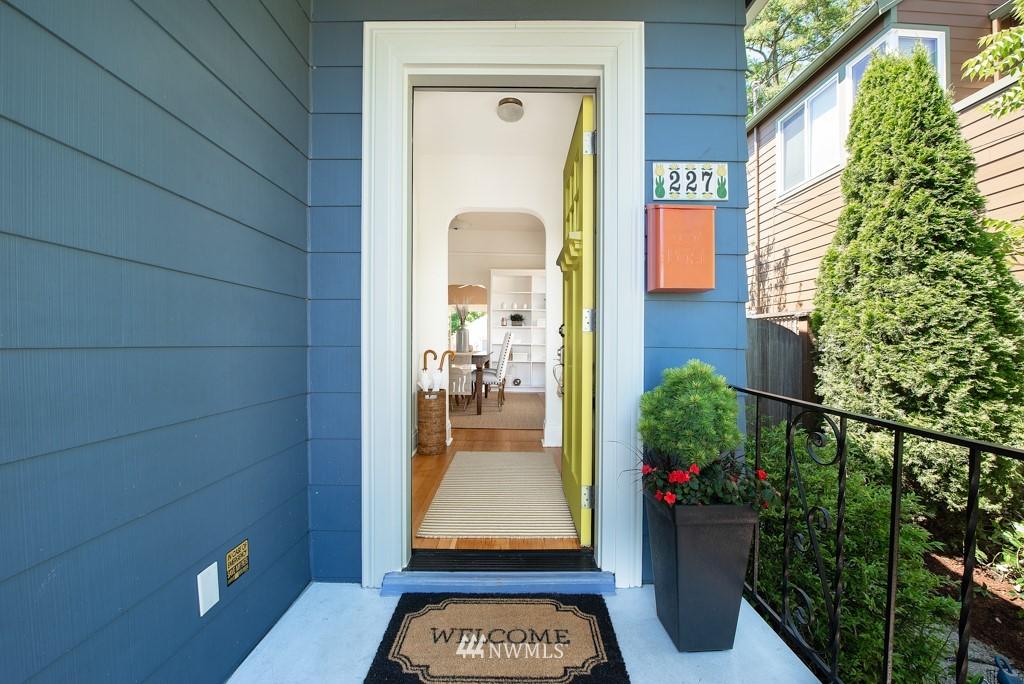 Sold Property | 227 22nd Avenue E Seattle, WA 98112 32