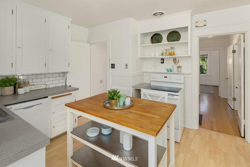 Sold Property | 8003 Stroud Avenue N Seattle, WA 98103 9