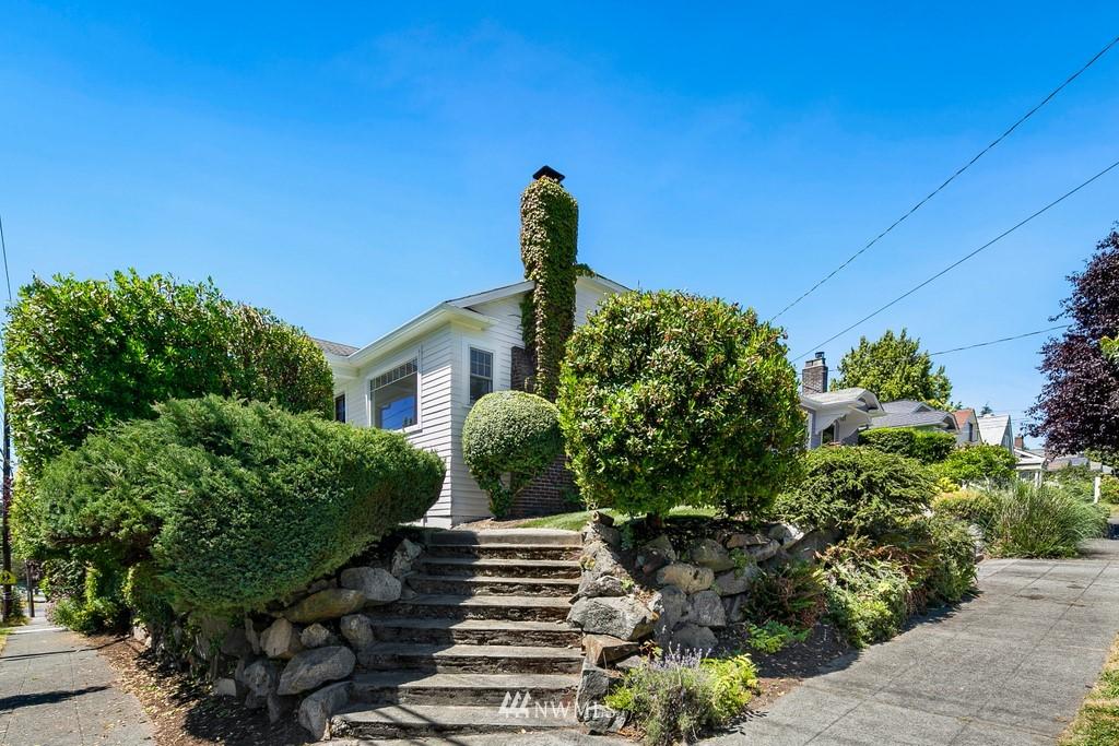 Sold Property | 8003 Stroud Avenue N Seattle, WA 98103 24