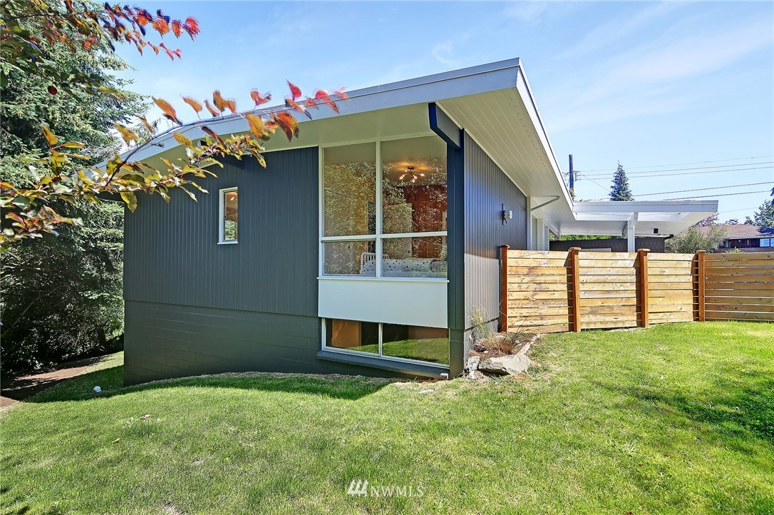 Sold Property | 10033 31st Avenue NE Seattle, WA 98125 1