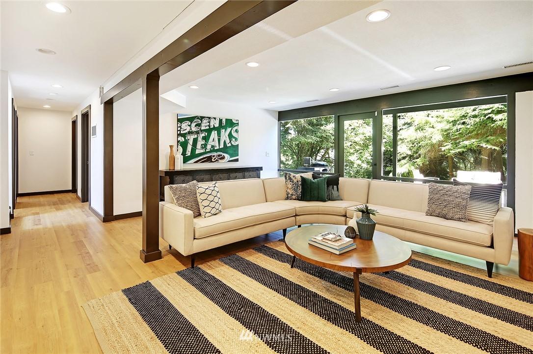 Sold Property | 10033 31st Avenue NE Seattle, WA 98125 20