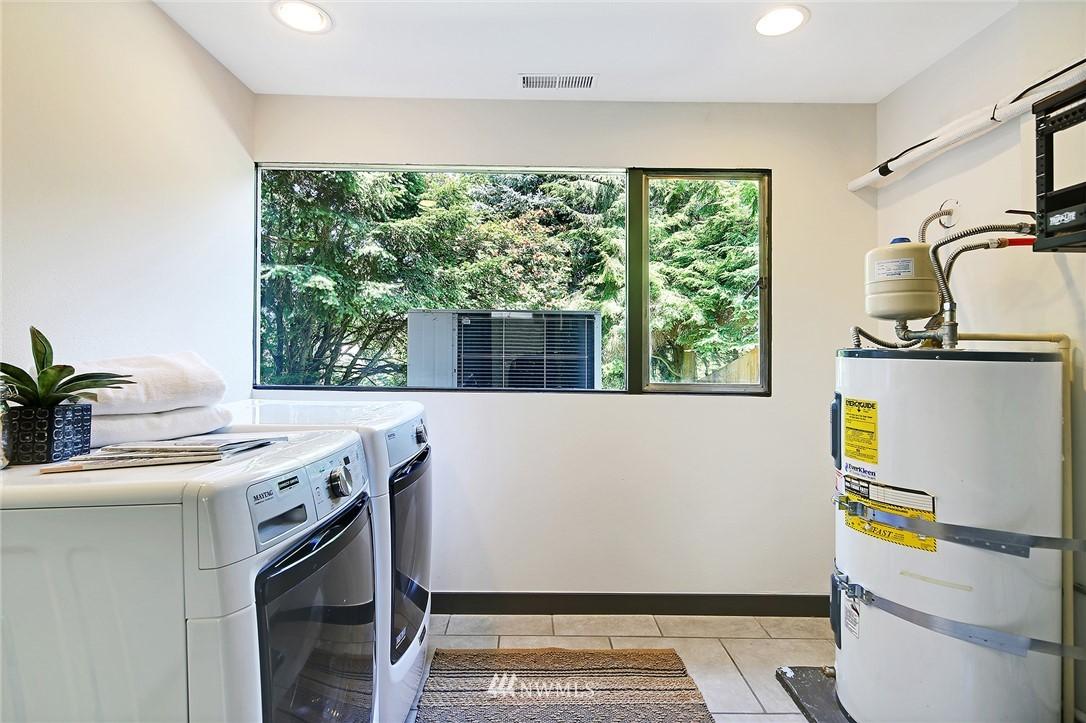 Sold Property | 10033 31st Avenue NE Seattle, WA 98125 24
