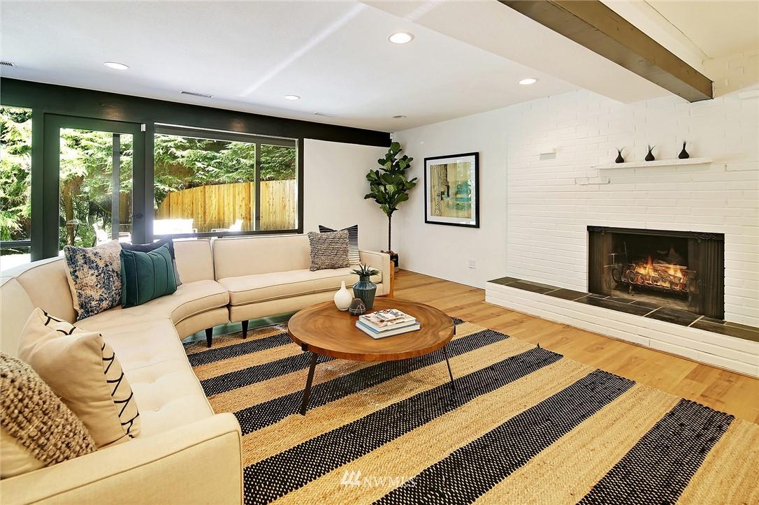 Sold Property | 10033 31st Avenue NE Seattle, WA 98125 17