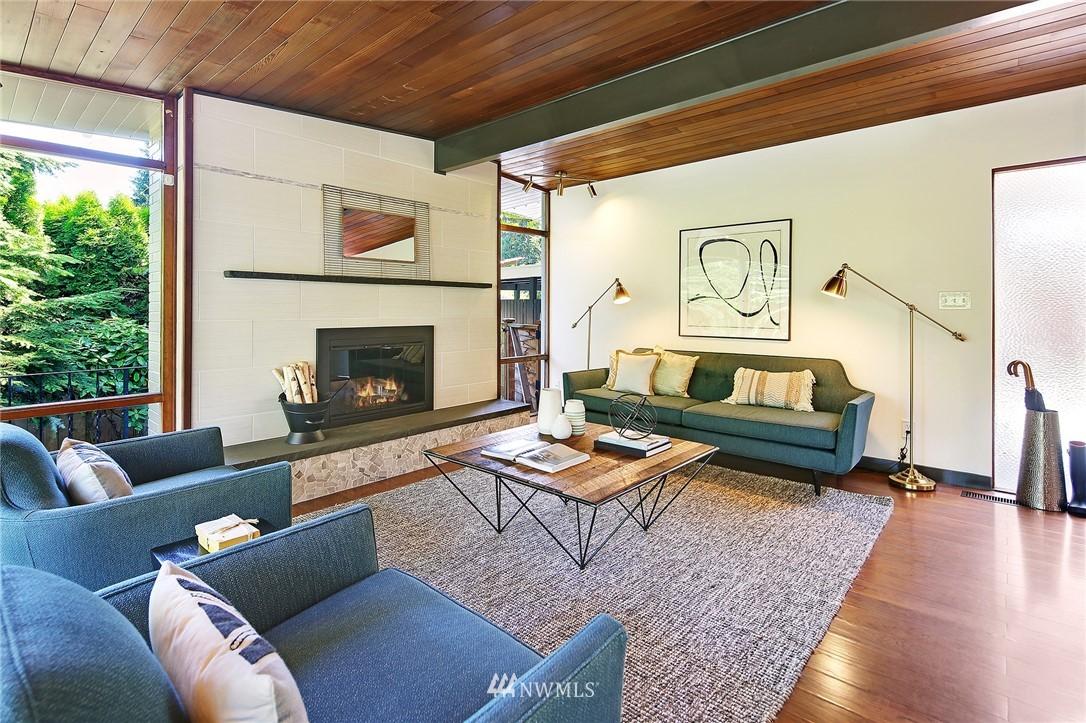 Sold Property | 10033 31st Avenue NE Seattle, WA 98125 8