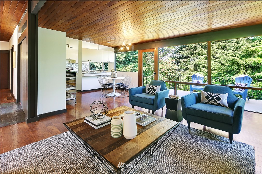 Sold Property | 10033 31st Avenue NE Seattle, WA 98125 7