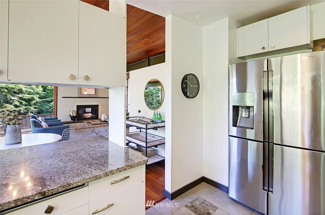 Sold Property | 10033 31st Avenue NE Seattle, WA 98125 12