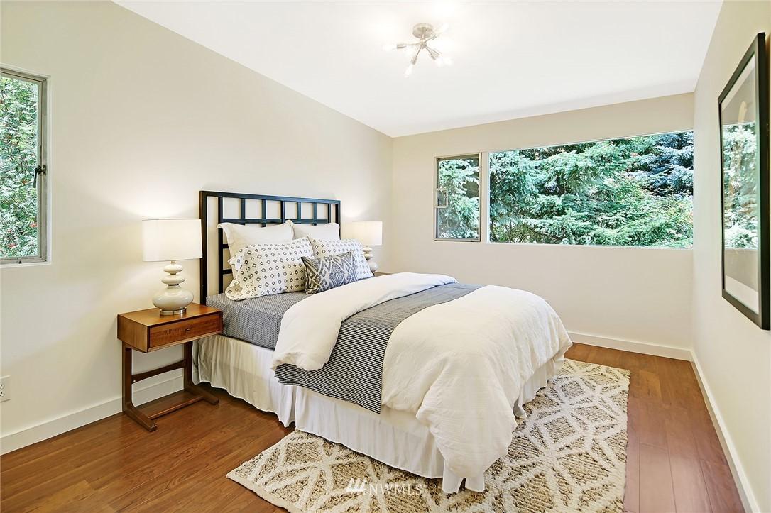 Sold Property | 10033 31st Avenue NE Seattle, WA 98125 14