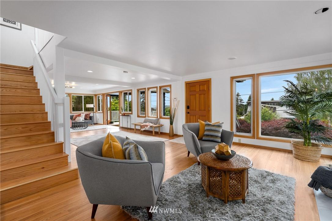 Sold Property   6550 48th Avenue NE Seattle, WA 98115 7