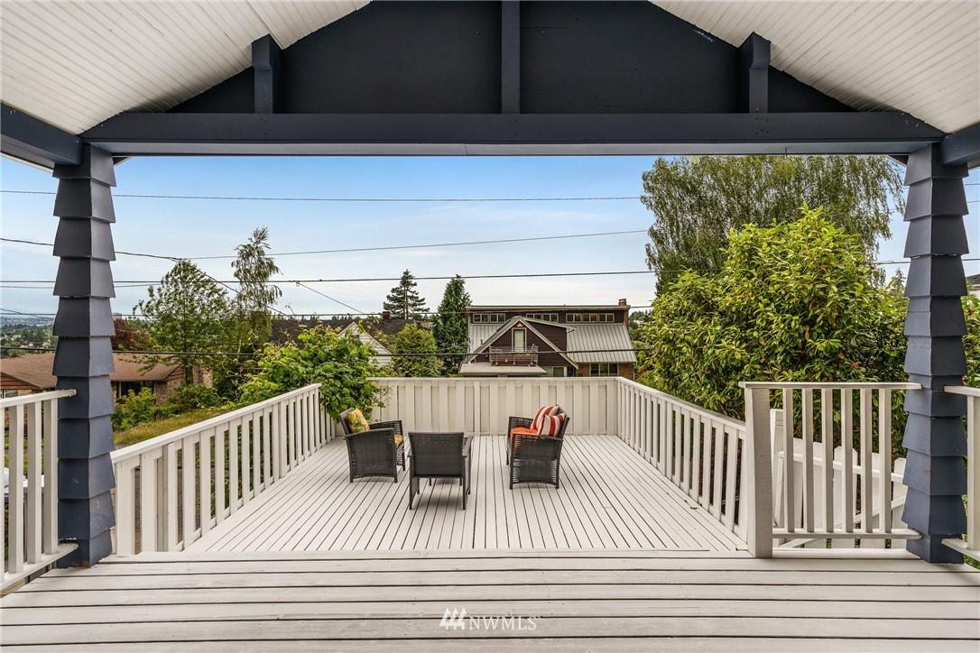 Sold Property   6550 48th Avenue NE Seattle, WA 98115 12