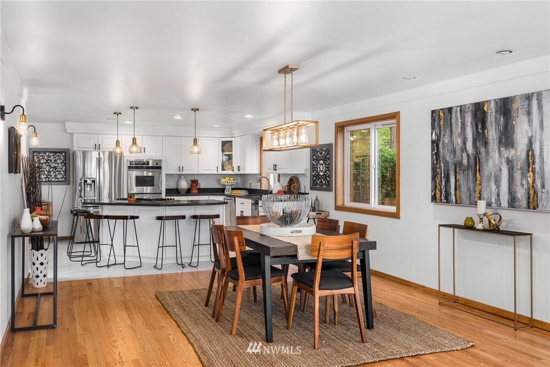 Sold Property   6550 48th Avenue NE Seattle, WA 98115 16