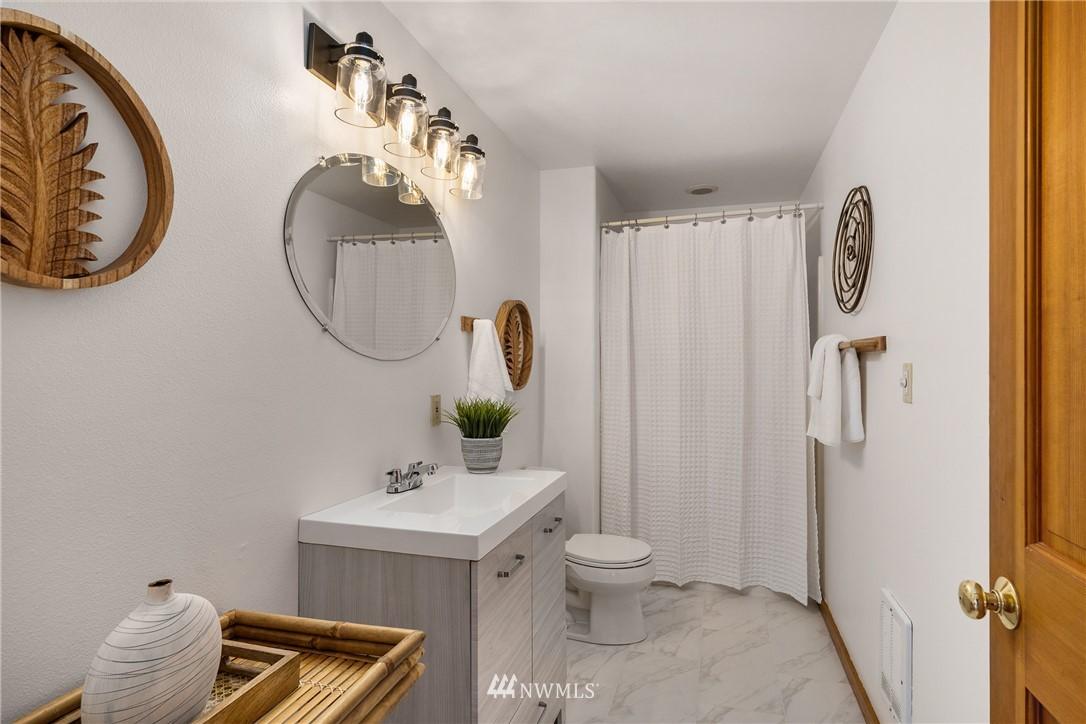 Sold Property   6550 48th Avenue NE Seattle, WA 98115 22