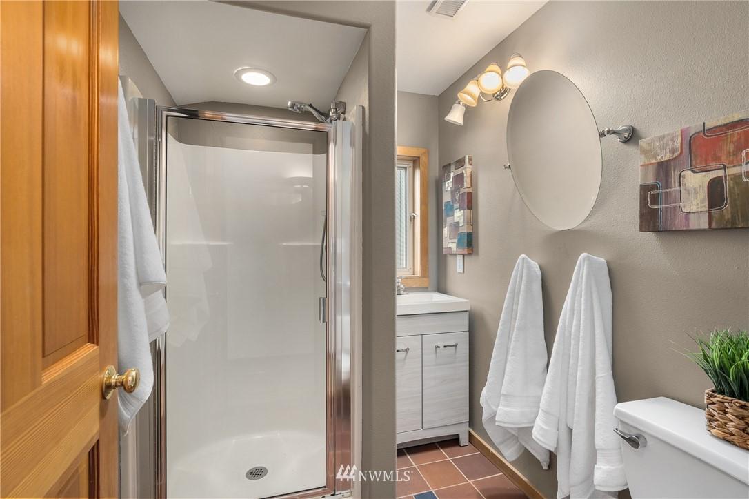 Sold Property   6550 48th Avenue NE Seattle, WA 98115 23