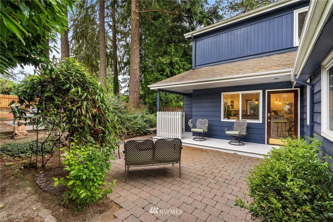 Sold Property   6550 48th Avenue NE Seattle, WA 98115 36