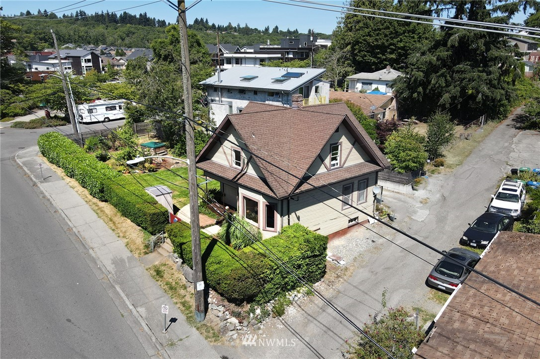 Sold Property | 3306 S Oregon Street Seattle, WA 98118 2