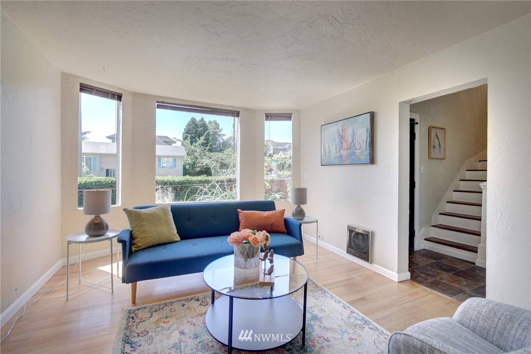 Sold Property | 3306 S Oregon Street Seattle, WA 98118 5