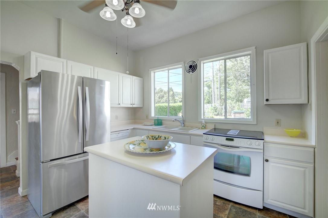 Sold Property | 3306 S Oregon Street Seattle, WA 98118 9