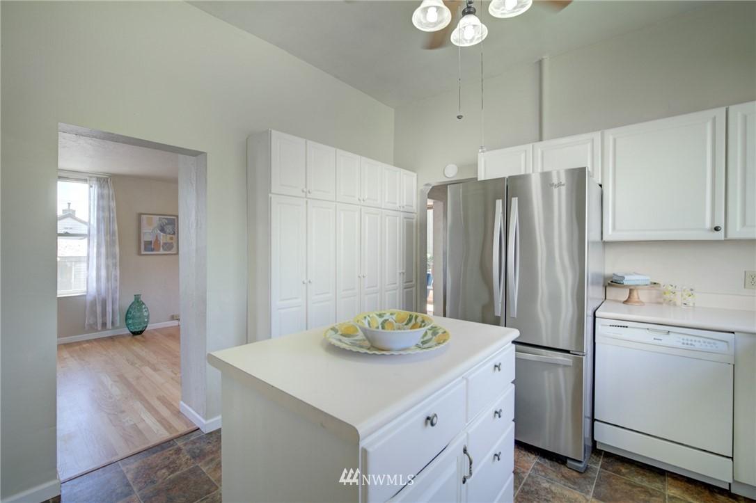 Sold Property | 3306 S Oregon Street Seattle, WA 98118 12