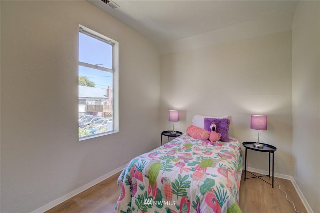 Sold Property | 3306 S Oregon Street Seattle, WA 98118 15