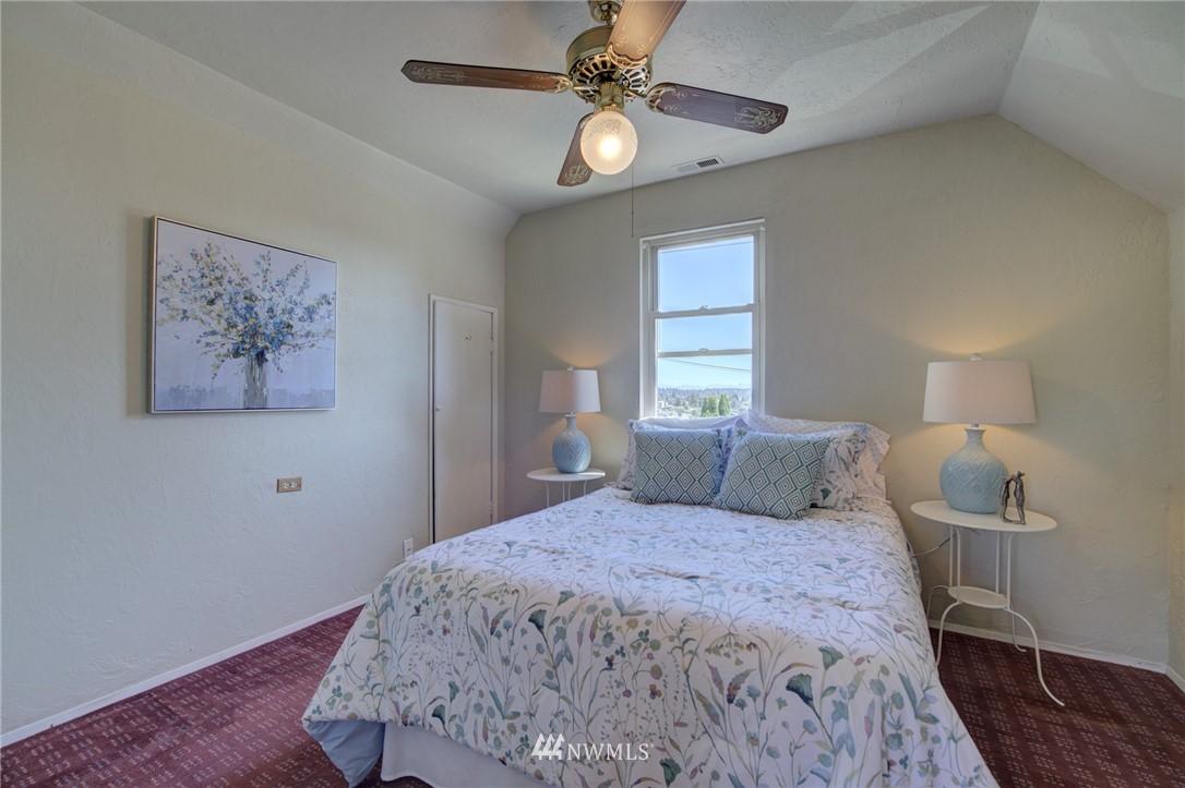 Sold Property | 3306 S Oregon Street Seattle, WA 98118 18
