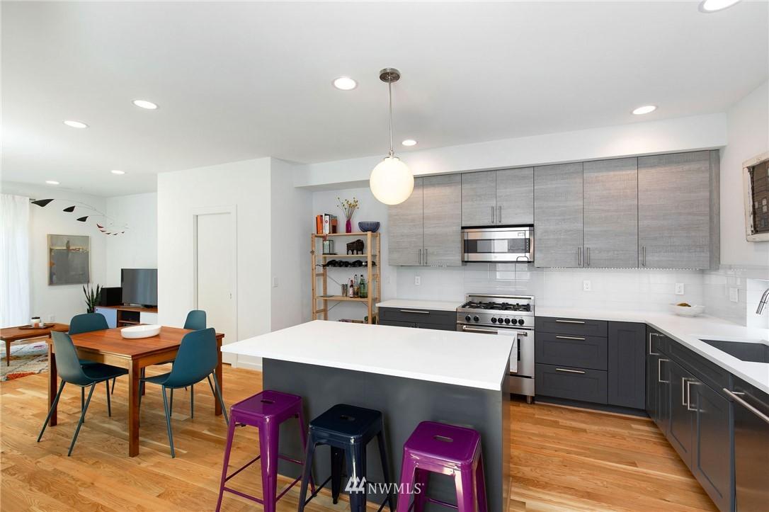 Sold Property | 1505 15th Avenue S #B Seattle, WA 98144 2