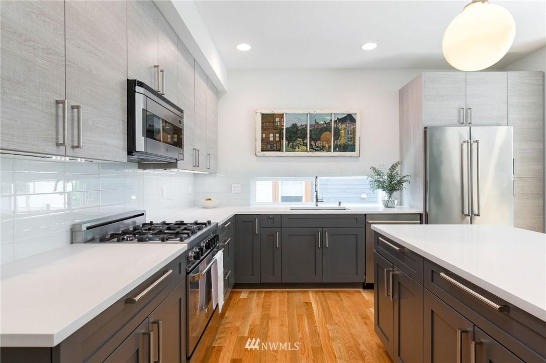 Sold Property | 1505 15th Avenue S #B Seattle, WA 98144 3