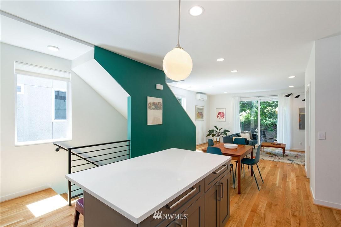 Sold Property | 1505 15th Avenue S #B Seattle, WA 98144 4