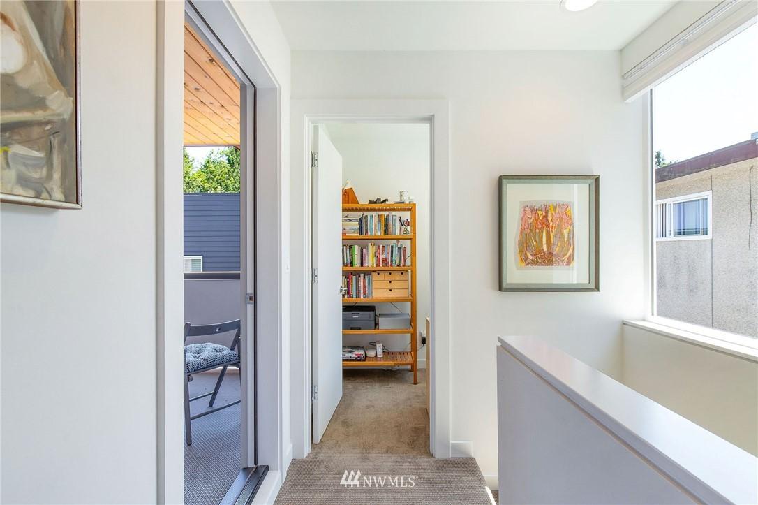 Sold Property | 1505 15th Avenue S #B Seattle, WA 98144 12