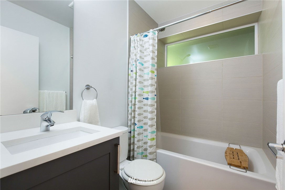Sold Property | 1505 15th Avenue S #B Seattle, WA 98144 23