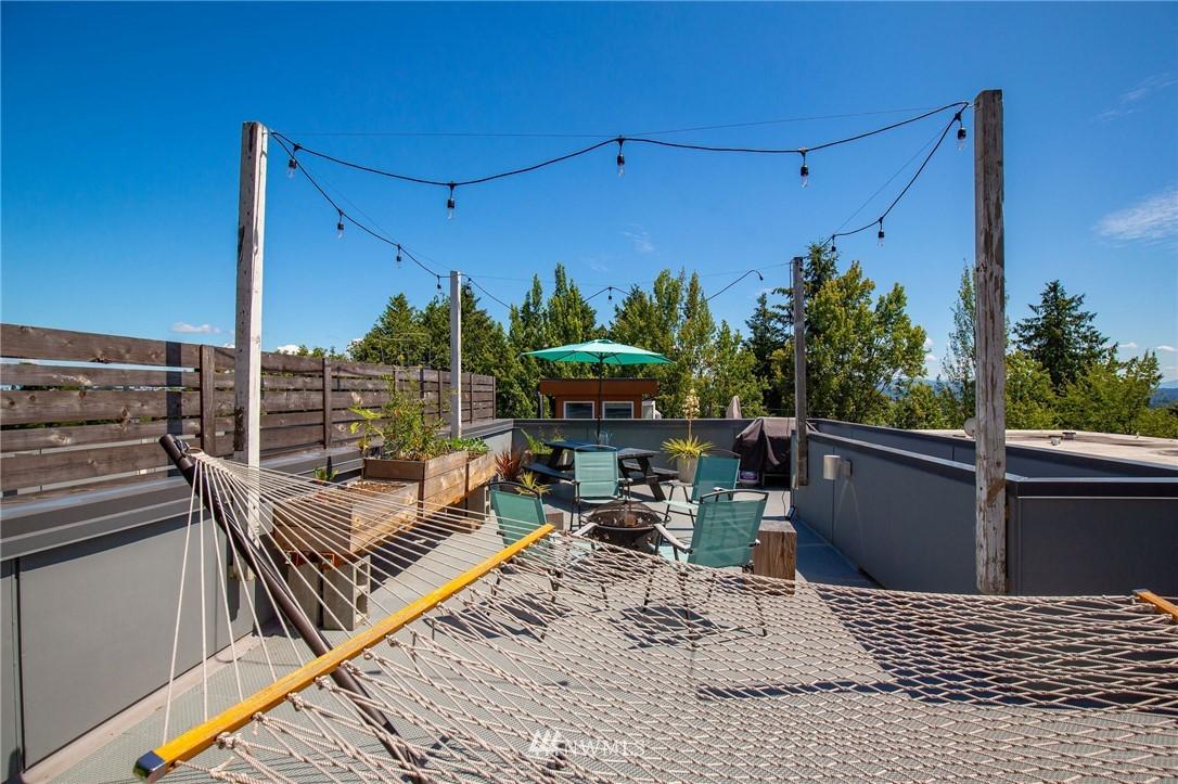 Sold Property | 1505 15th Avenue S #B Seattle, WA 98144 27