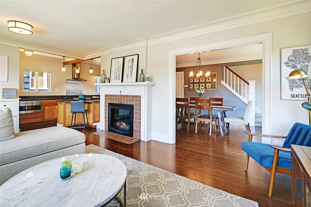 Sold Property | 324 NE 52nd Street Seattle, WA 98105 5