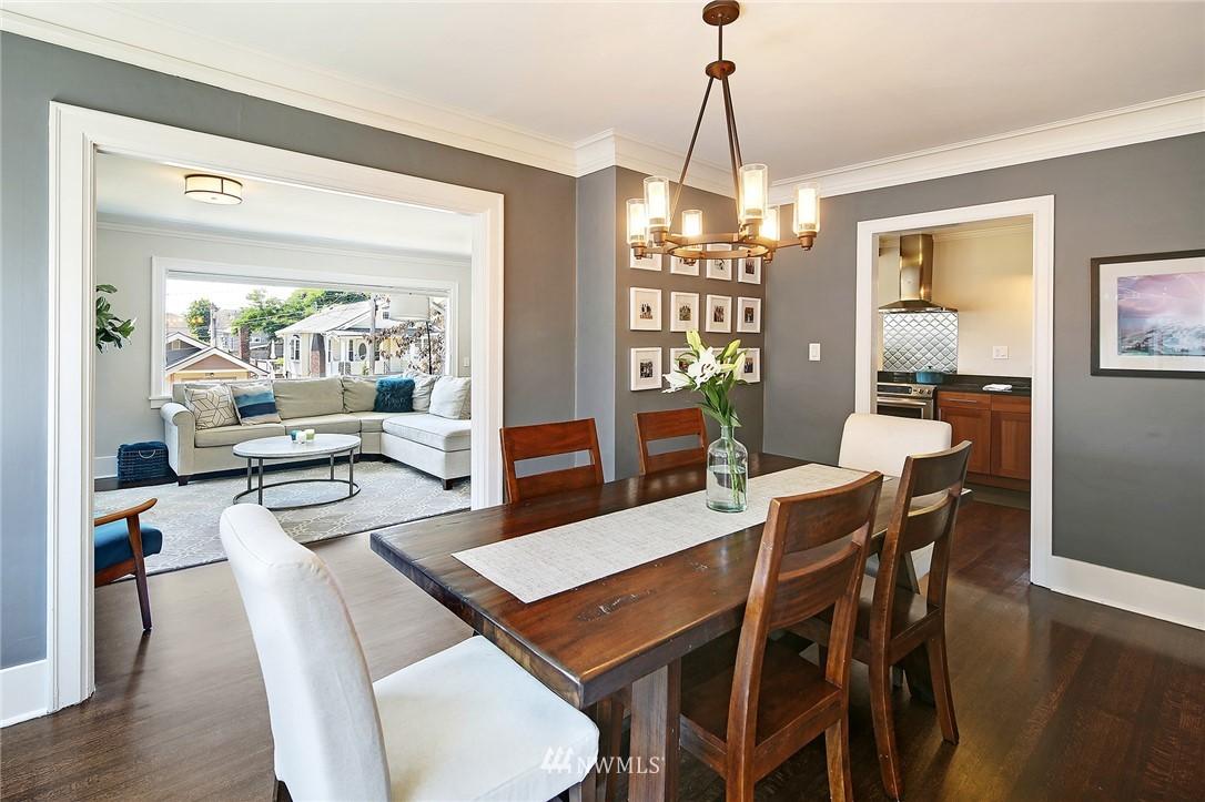 Sold Property | 324 NE 52nd Street Seattle, WA 98105 10