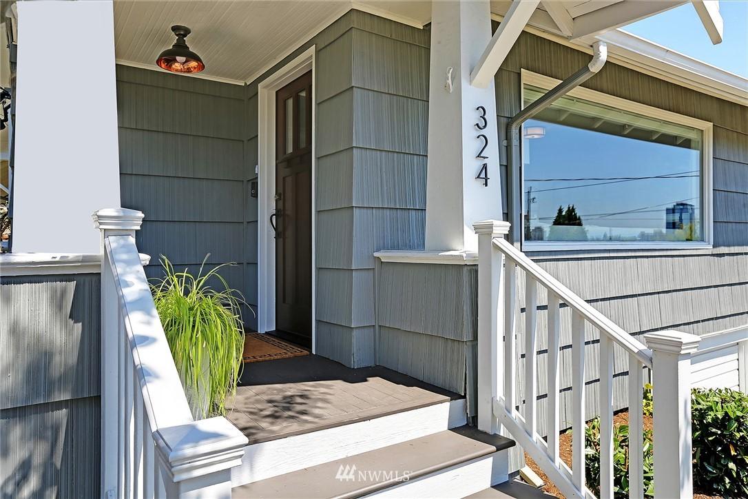 Sold Property | 324 NE 52nd Street Seattle, WA 98105 1