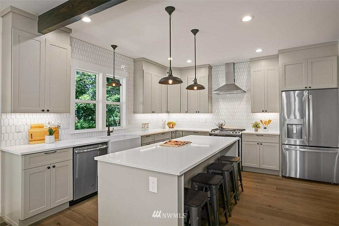 Sold Property | 4604 S Ferdinand Street Seattle, WA 98118 13