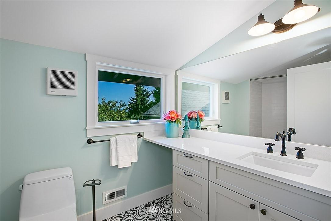 Sold Property | 4604 S Ferdinand Street Seattle, WA 98118 24