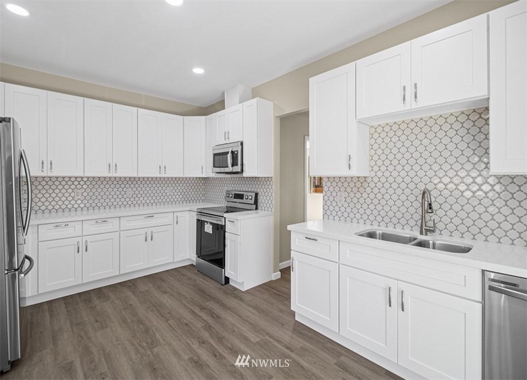 Sold Property   3611 E i Street Tacoma, WA 98404 5