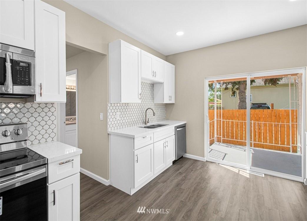 Sold Property   3611 E i Street Tacoma, WA 98404 6