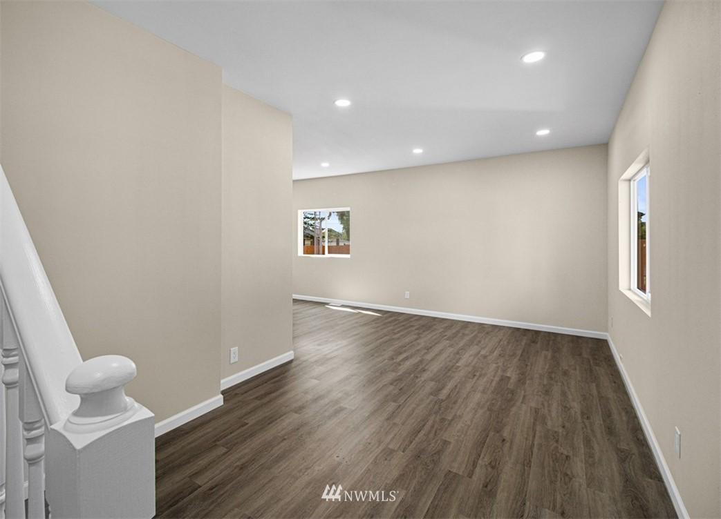 Sold Property   3611 E i Street Tacoma, WA 98404 11