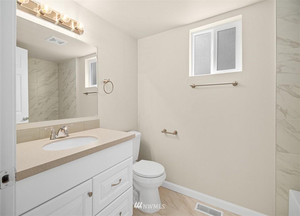 Sold Property   3611 E i Street Tacoma, WA 98404 16