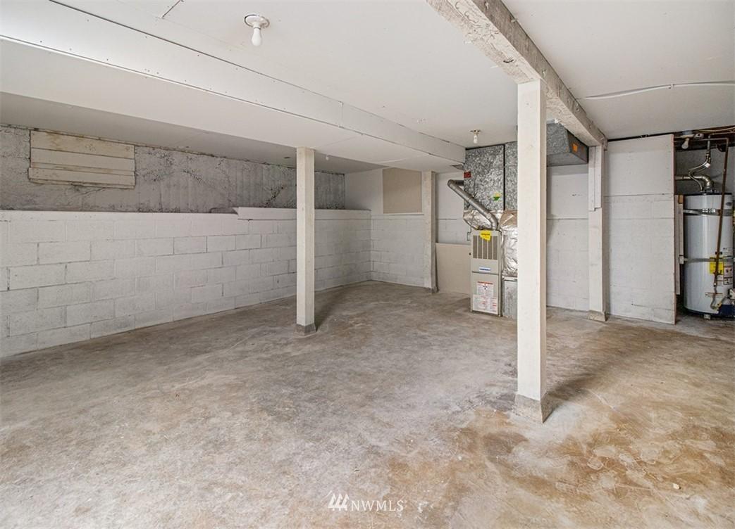 Sold Property   3611 E i Street Tacoma, WA 98404 36