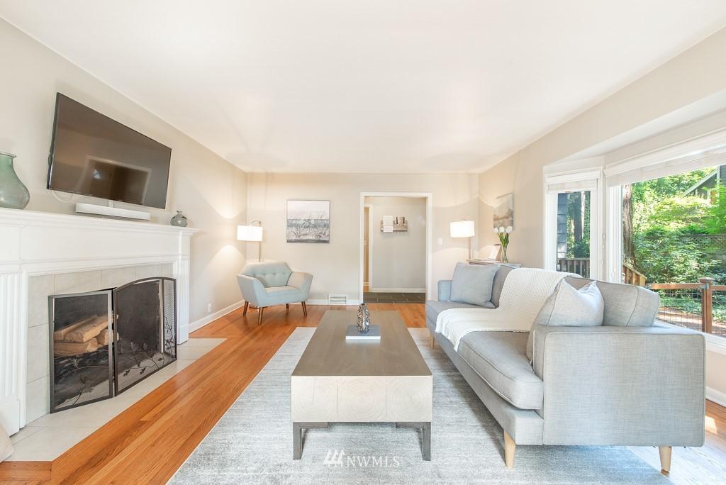 Sold Property | 10747 Sand Point Way NE Seattle, WA 98125 6