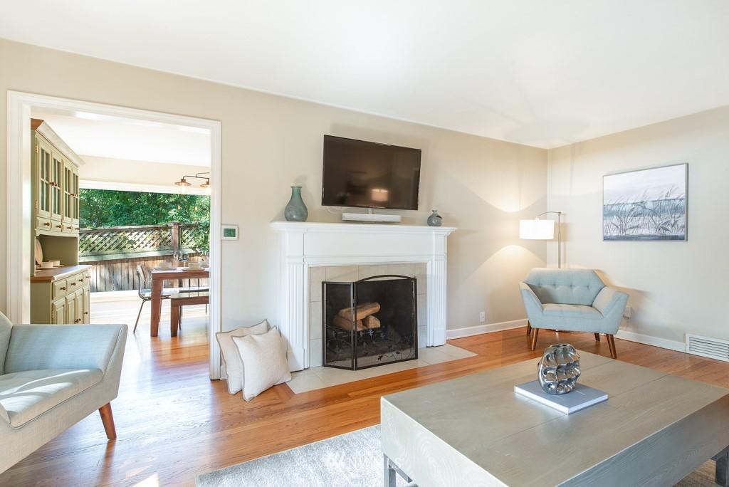 Sold Property | 10747 Sand Point Way NE Seattle, WA 98125 4