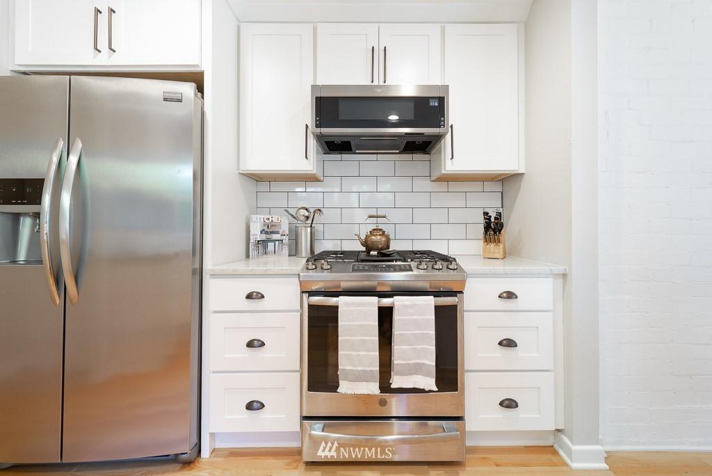 Sold Property | 10747 Sand Point Way NE Seattle, WA 98125 10