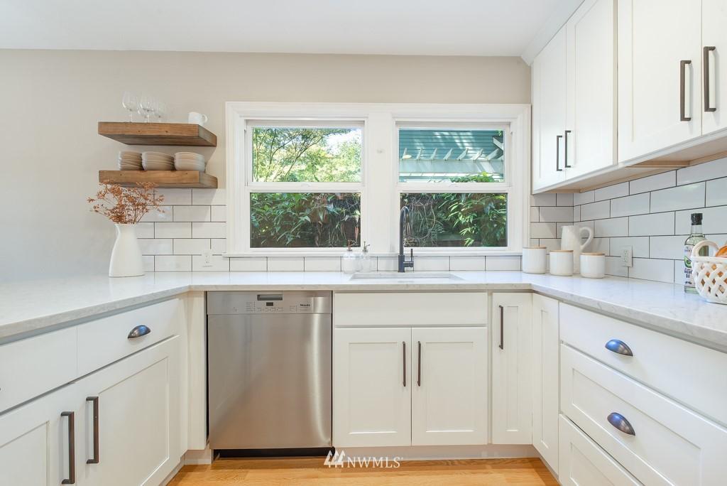 Sold Property | 10747 Sand Point Way NE Seattle, WA 98125 7