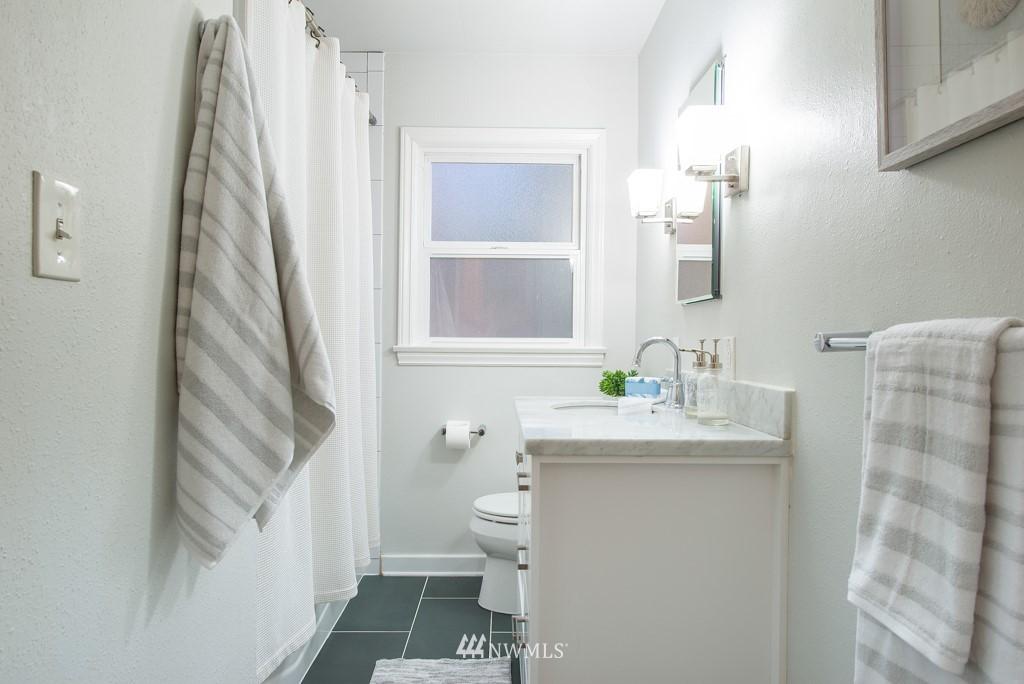 Sold Property | 10747 Sand Point Way NE Seattle, WA 98125 15